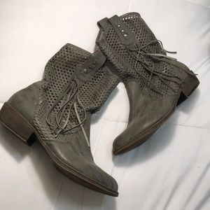 Cato ankle gray boots size 10